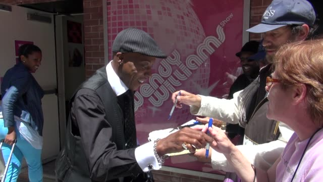 arsenio hall at 'the wendy williams show' studio arsenio hall at 'the wendy williams show' studio on may 17, 2012 in new york, new york - arsenio hall stock videos & royalty-free footage