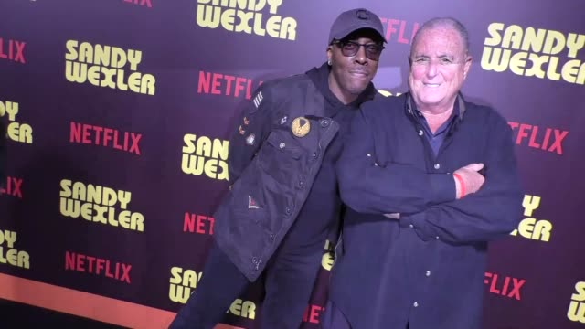 arsenio hall & sandy wernick at the premiere of netflix's 'sandy wexler' - arrivals on april 06, 2017 in hollywood, california. - arsenio hall stock videos & royalty-free footage
