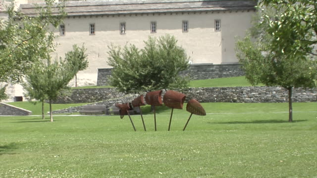 stockvideo's en b-roll-footage met art at the stockalper palace in brig - 17e eeuw