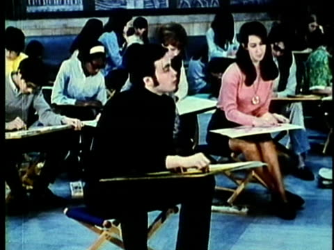 stockvideo's en b-roll-footage met montage, art classes in detroit museum of fine arts, 1960's, detroit, michigan, usa - 1960 1969