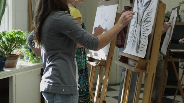 ms tu art students drawing in class / buena vista, virginia, usa - art class stock videos & royalty-free footage
