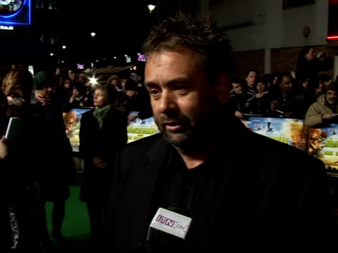 'arthur and the invisibles' premiere red carpet interviews **copyright audio heard** luc besson interview sot on cast including madonna as perfect... - madonna singer stock videos and b-roll footage