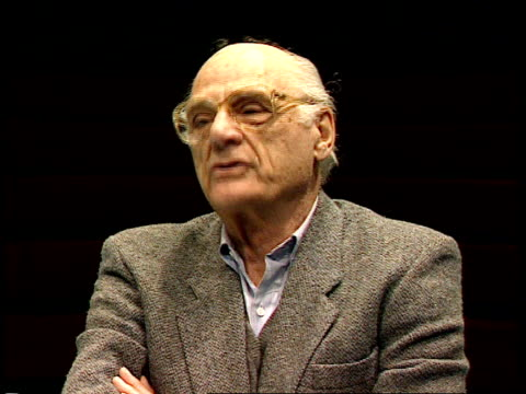 interview at the old vic arthur miller interview sot i think it was because david thacker started with a play of mine / i heard that they did good... - connection in process stock-videos und b-roll-filmmaterial