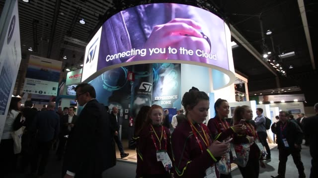 vídeos de stock e filmes b-roll de artificial intelligence stand during the mobile world congress the world's biggest mobile fair on february 28 2018 in barcelona the mobile world... - exposição