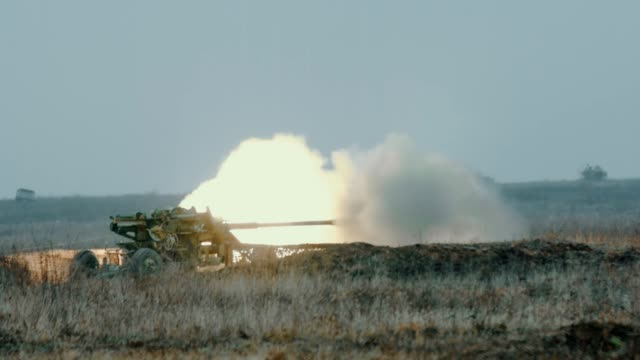 artillery firing from a cannon - battle stock videos & royalty-free footage