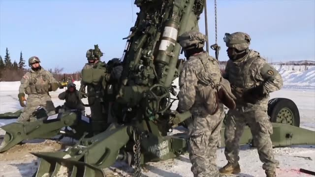 artillerymen with 1st stryker brigade combat team, 25th infantry division's 2nd battalion, 8th field artillery regiment conduct sling load with ch-47... - infantry stock videos & royalty-free footage