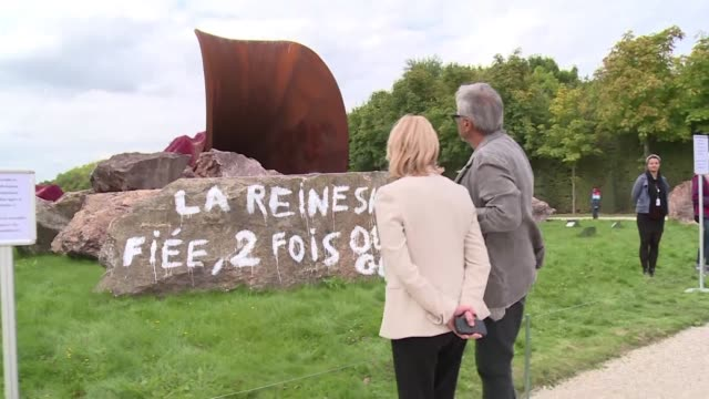 artist anish kapoor says he does not want anti semitic graffiti to be cleaned off his giant sculpture the queens vagina - female reproductive organ stock videos & royalty-free footage