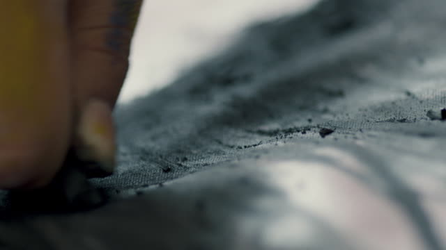 artist drawing with black charcoal - art studio stock videos & royalty-free footage