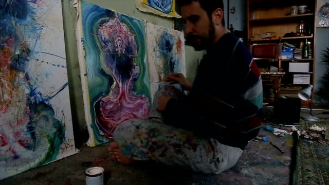 artist painting alone - atelier tent stock videos and b-roll footage