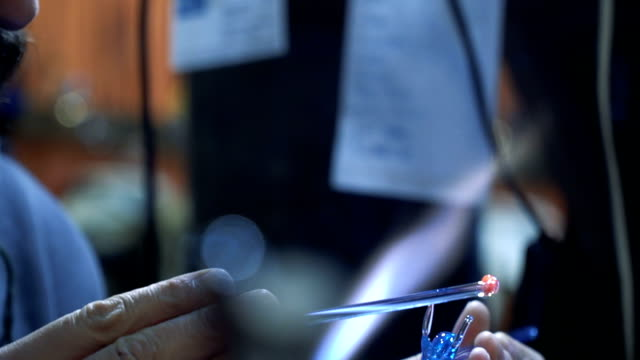 artist shaping glass - moulding trim stock videos & royalty-free footage
