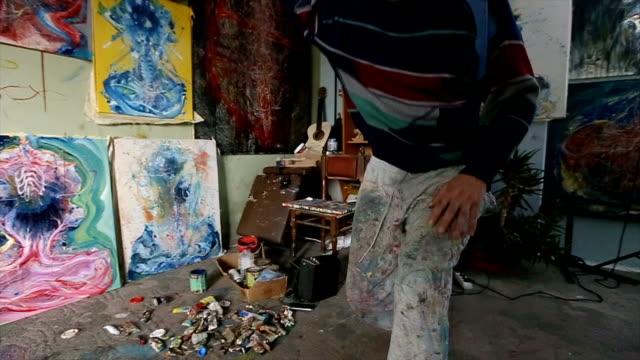 vidéos et rushes de vie artistique - toile à peindre