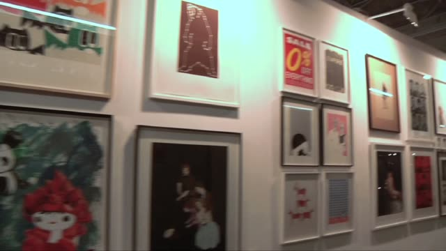 arts journalist and curator pryle behrman gives us a special pre-opening tour of the london art fair. facilitating the dialogue between the... - curator stock videos & royalty-free footage