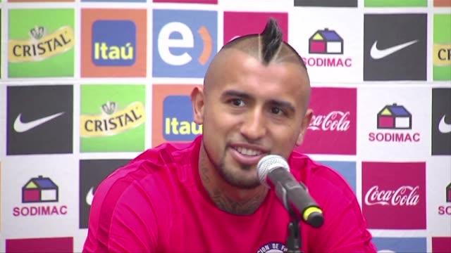 Arturo Vidal se convirtio el viernes en el fichaje mas mediatico hasta ahora de esta ventana de transferencias para el FC Barcelona que anuncio un...