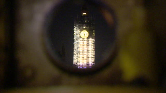 arty houses of parliament at night - palazzo del parlamento video stock e b–roll