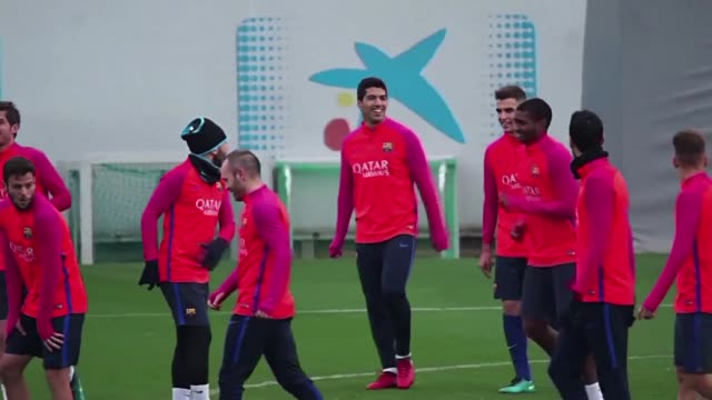 As Barca train ahead of facing Real Sociedad away on Sunday coach Luis Enrique reveals he does not know if Leo Messi will sign a new deal with the...