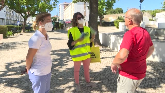 vídeos de stock e filmes b-roll de as fresh coronavirus outbreaks have been declared in and around lisbon the portuguese government has decided to reimpose restrictions in certain... - town hall