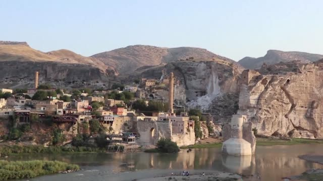 As part of the Ilisu Dam project the historic Turkish town of Hasankeyf is set to vanish forever under the floodwaters with historic edifices moved...
