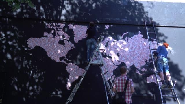 FRA: Paris street art spot 'Le Mur' reopens post-lockdown