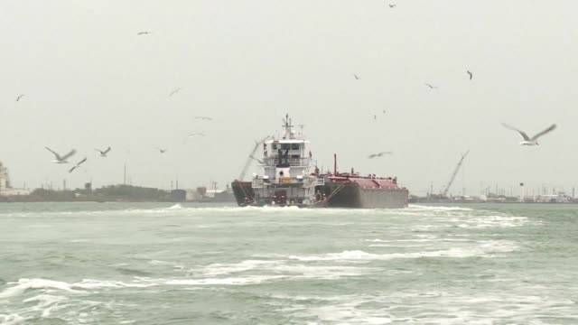 as us oil exports hit records levels the port of corpus christi is gearing up to process the growing output from texas shale fields with expansion... - argillite video stock e b–roll