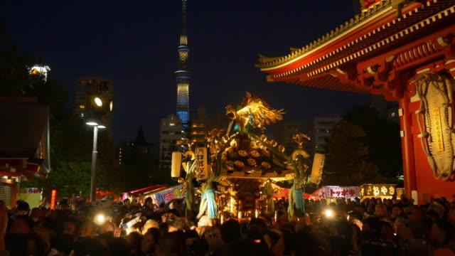 asakusa sanja festival - 伝統行事点の映像素材/bロール