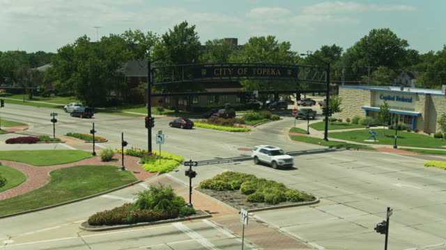 ascending drone shot of city of topeka sign - kansas stock videos & royalty-free footage