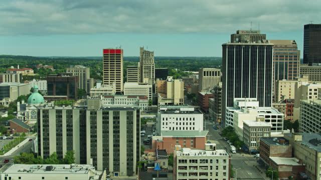 ascending drone shot of dayton, ohio - dayton ohio stock videos & royalty-free footage