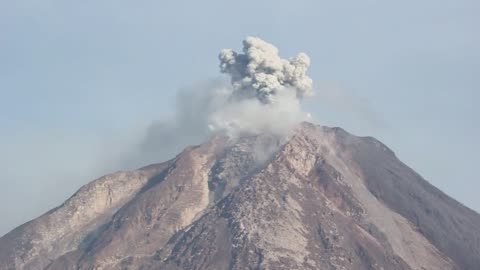 ash clouds rise from the crater of mount sinabung volcano following an eruption in karo district of north sumatra, indonesia on june 04, 2015. the... - 2015 stock videos & royalty-free footage