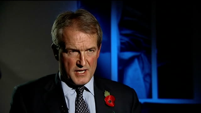 compensation claim against government london int owen paterson mp interview sot the fungus was taken by a scientist then to be endemic in this... - owen paterson stock videos and b-roll footage