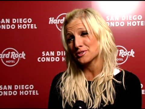 ashlee simpson on hosting the launch of the san diego hard rock, on why san diego is a great spot for getting away from los angeles, on staying and... - ハードロックカフェ点の映像素材/bロール