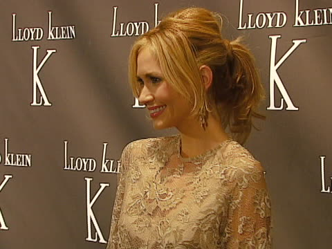 vídeos de stock, filmes e b-roll de ashley jones at the world renowned couturier lloyd klein to open flagship retail store showroom and studio in los angeles with a celebrity launch... - cabelo preso