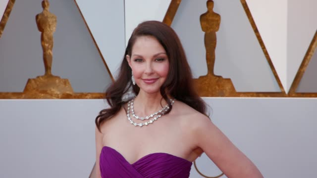 ashley judd at the 90th academy awards arrivals at dolby theatre on march 04 2018 in hollywood california - 90th annual academy awards stock videos & royalty-free footage