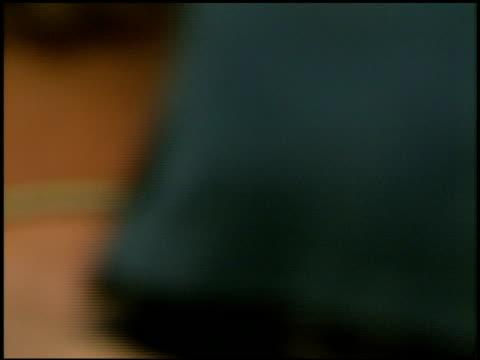 vídeos de stock, filmes e b-roll de ashley judd at the 'batman and robin' premiere on june 12, 1997. - ashley judd