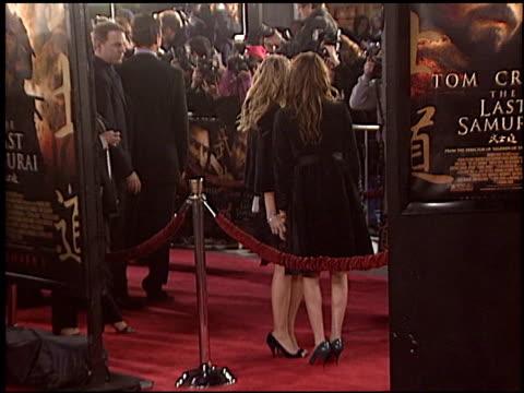 vídeos de stock, filmes e b-roll de ashley olsen at the premiere of 'the last samurai' on december 1 2003 - 2003