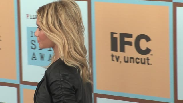 ashley olsen at the the 21st annual ifp independent spirit awards in santa monica california on march 4 2006 - ifp independent spirit awards stock videos and b-roll footage