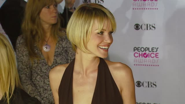 vidéos et rushes de ashley scott at the 2007 people's choice awards arrivals at the shrine auditorium in los angeles, california on january 9, 2007. - shrine auditorium