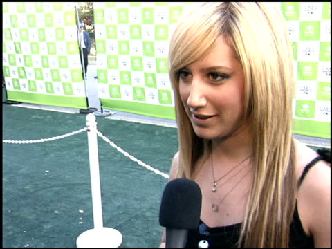 ashley tisdale at the environmental media awards at wilshire ebell theatre in los angeles, california on october 1, 2005. - environmental media awards stock-videos und b-roll-filmmaterial
