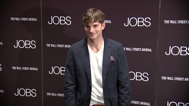 "ashton kutcher at ""jobs"" new york premiere - arrivals at moma on august 07, 2013 in new york, new york - ashton kutcher stock videos & royalty-free footage"