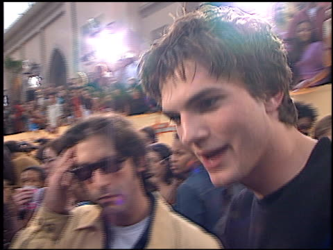 ashton kutcher at the 2001 mtv movie awards entrances at the shrine auditorium in los angeles, california on june 2, 2001. - ashton kutcher stock videos & royalty-free footage
