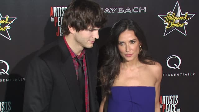 ashton kutcher, demi moore at the hollywood domino's 3rd annual pre-oscar hollywood gala at beverly hills ca. - ashton kutcher stock videos & royalty-free footage