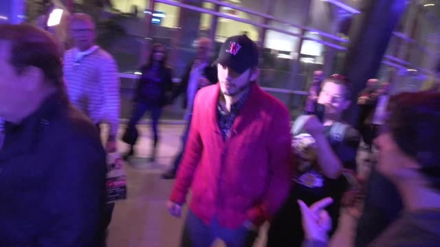 ashton kutcher leaving at staples center in los angeles 05/01/12 ashton kutcher leaving at staples center in los an on may 01 2012 in los angeles... - ashton kutcher stock videos & royalty-free footage