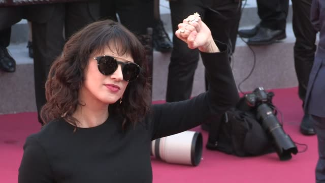 asia argento on the red carpet of the 2018 cannes film festival closing ceremony cannes france 19th may 2018 - 71st international cannes film festival stock videos & royalty-free footage