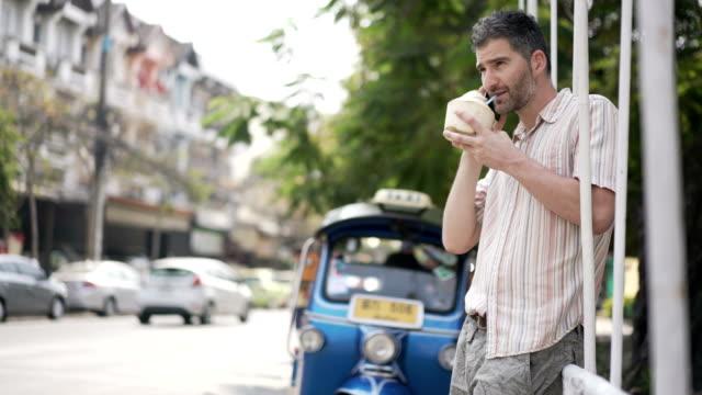 asia calling - auto rickshaw stock videos & royalty-free footage