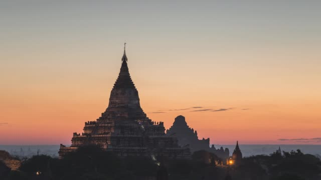 asia, myanmar, mandalay division, bagan, ancient temple at sunrise - pagoda点の映像素材/bロール