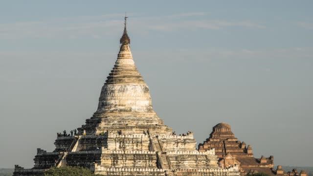 stockvideo's en b-roll-footage met asia, myanmar, mandalay division, bagan, ancient temple at sunset - kerktoren