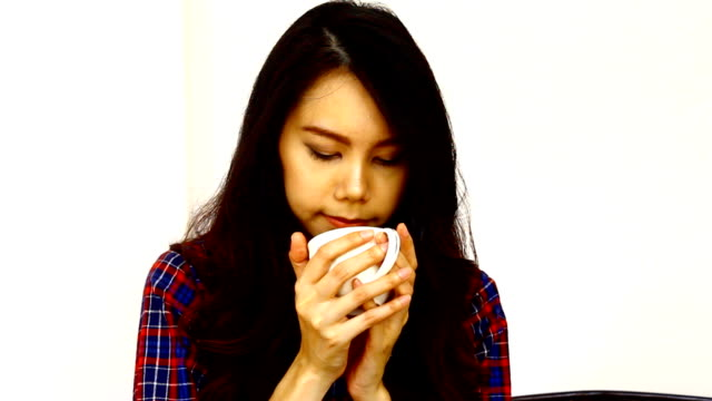 asia women drink coffee - coffee drink stock videos & royalty-free footage