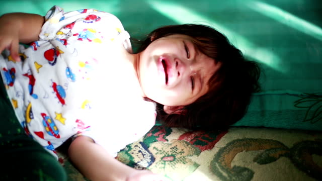 asian baby cry - bedtime stock videos & royalty-free footage