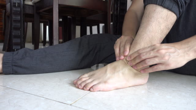 Foot asian video, naked real girls cell phone pictures
