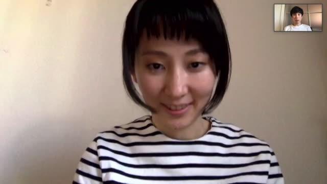 ビデオチャットをしているアジアの男女 - ズーム点の映像素材/bロール