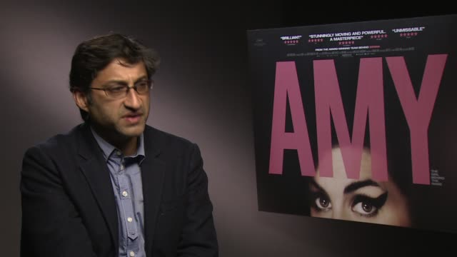 stockvideo's en b-roll-footage met interview asif kapadia on the critics of the film at 'amy' interview at soho hotel on june 23 2015 in london england - criticus
