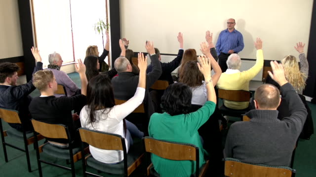 Asking question at seminar Training event - CRANE HD